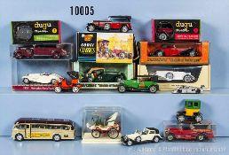 Konv. 15 Modellfahrzeuge Oldtimer, Kunststoff- und Metallgußausf., versch. Hersteller, Dugu,