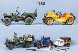 Konv. 5 Modellfahrzeuge, dabei 2 Militärfahrzeuge, Schuco Oldtimer 1225 Mercer usw., lack. und lith.
