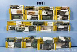Konv. 35 H0 Militärfahrzeuge, dabei Jeeps, Panzer, Lkw usw., versch. Hersteller, Herpa, Roco, Wiking