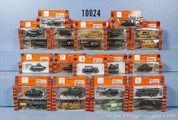Konv. 25 H0 Roco Minitanks Militär-Modellfahrzeuge, dabei Panzerkampfwagen, Lkw und