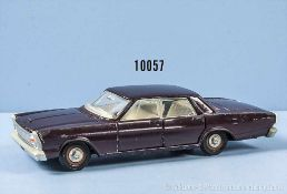 Dinky Toys Ford Galaxie 500, weinrot lack. Metallgußausf., M 1:43, gummibereift, guter bis sehr