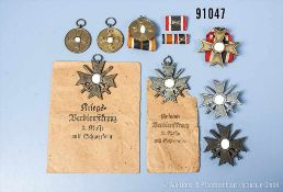 Konv. Kriegsverdienstkreuze, 2 x 1. Klasse mit Schwertern, 2 x 2. Klasse mit Schwertern, 1 x 2.