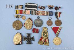 """Konv. überwiegend Kaiserreich, u.a. EK 1 1914, Hersteller """"KO"""" unter dem Nadelhaken,"""