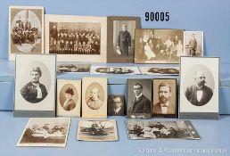Konv. Privatfotos Otto Schniewind als Kind, als Jugendlicher, seine Eltern und Geschwister sowie als