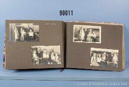 Fotoalbum 1932-1938 (ca. 32 x 24 cm) der Tochter Ursula Schniewind mit Aufnahmen der Familie