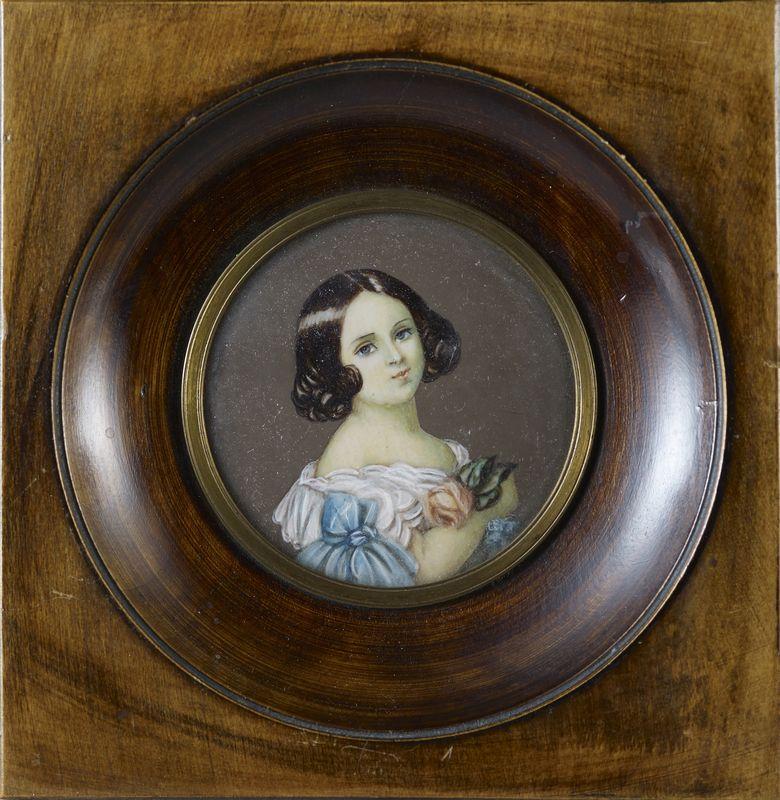 Lot 2 - Deux miniatures : La princesse de Belgique, miniature ovale - 12 x 12 cm (encadrée) [...]