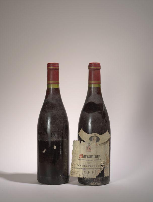 Lot 78 - 2 bouteilles Marsannya 1989, Grivelet Père et Fils, Etiquettes décollées et [...]