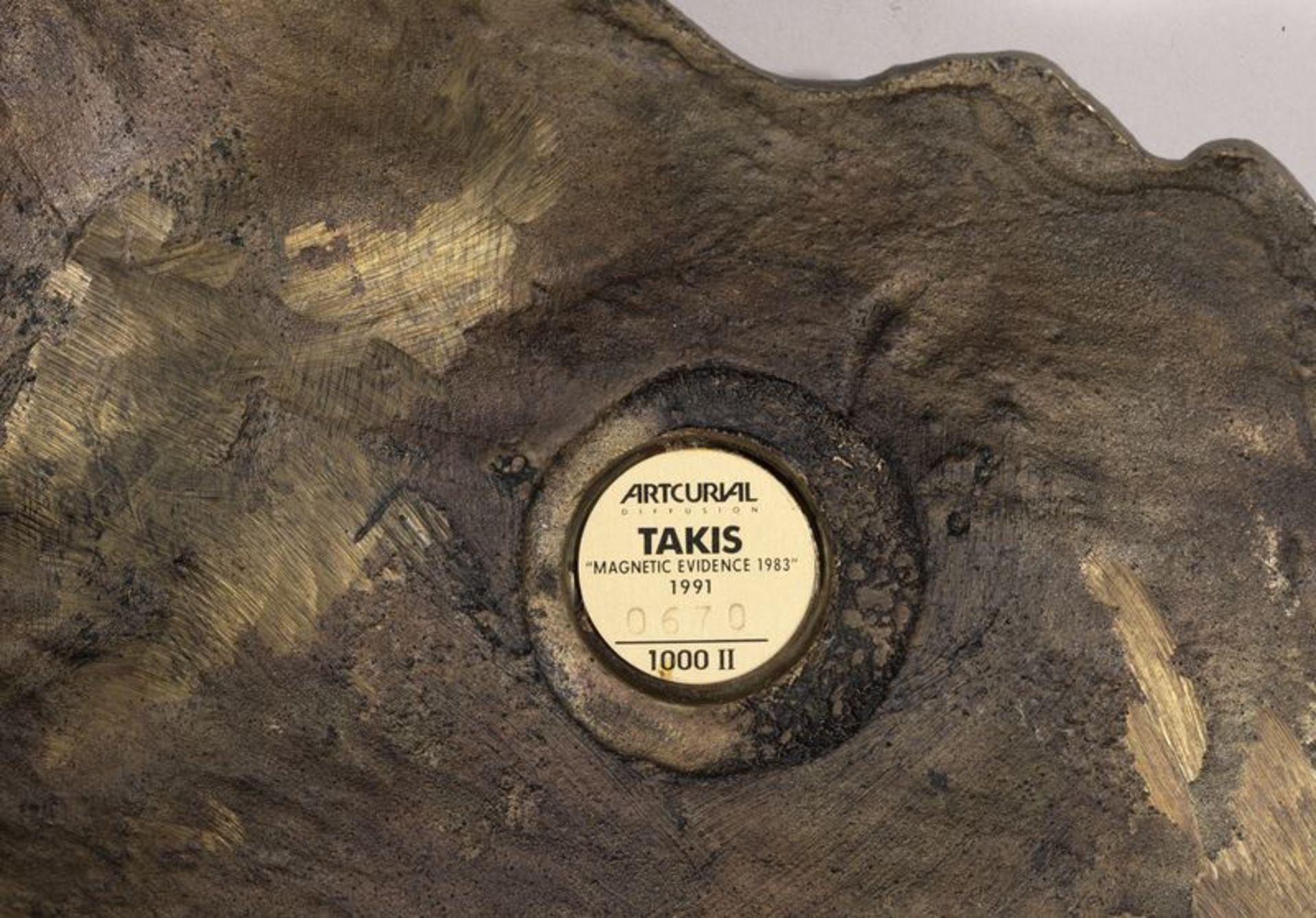 Los 35 - VASSILAKIS TAKIS (NE EN 1925) MAGNETIC EVIDENCE, 1983 -1991 Bronze à patine dorée, [...]