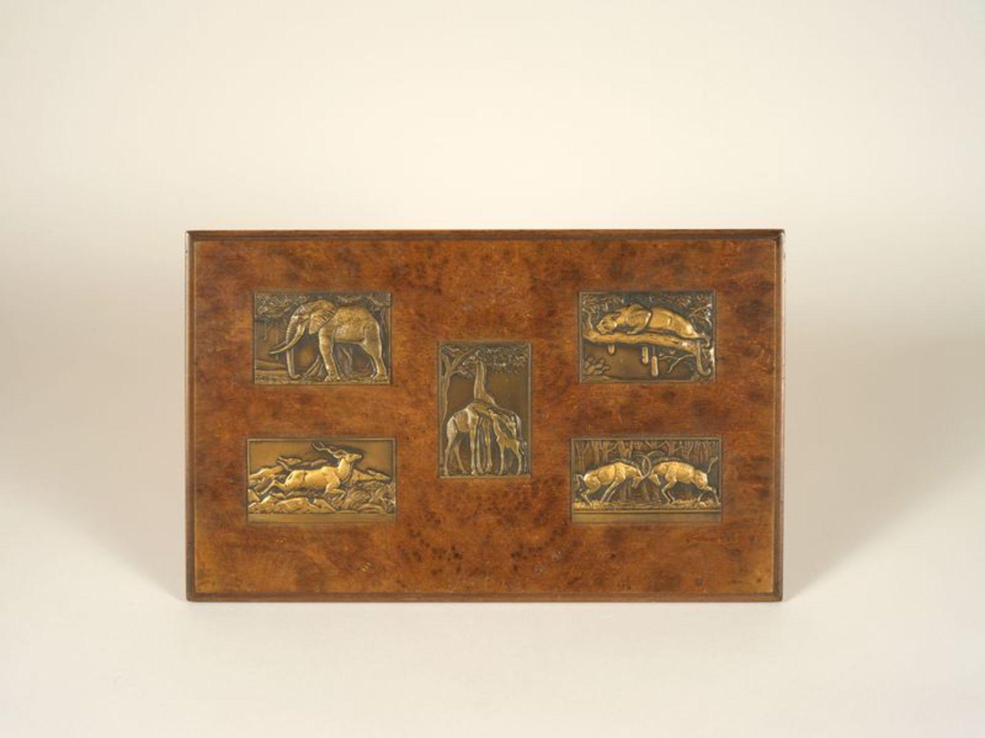 Los 38 - René THENOT (1893-1963) - Deux panneaux de 5 bas relief animaliers en bronze - [...]