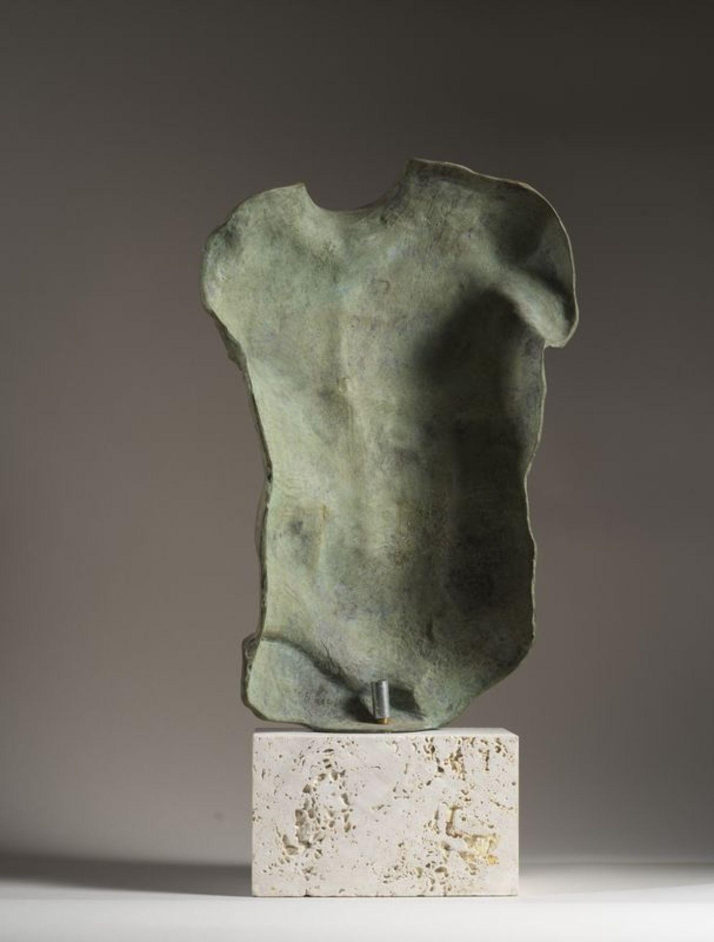 Los 37 - Igor MITORAJ (1944-2014) - Persée - Sculpture en bronze patiné signée et [...]