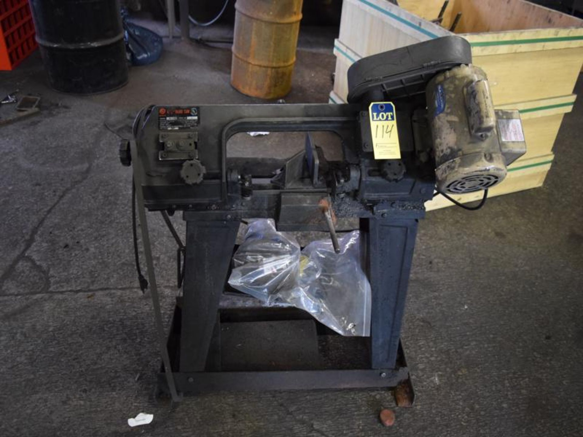 Lot 114 - Rong Fu model RF115 band saw