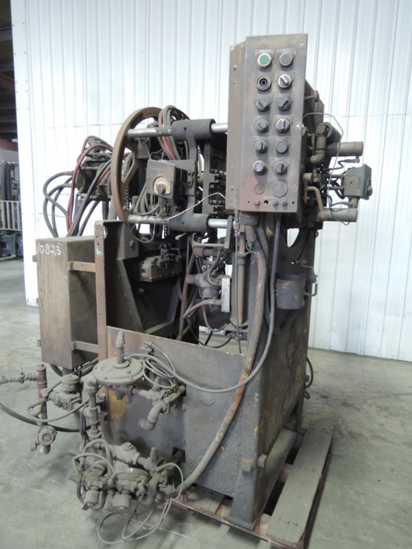 Lot 22 - SHALCO MODEL U150 SHELL CORE MACHINE WITH CONTROLS