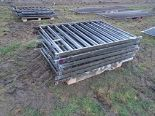 Lot 13 - 11x 6' metal fence panels