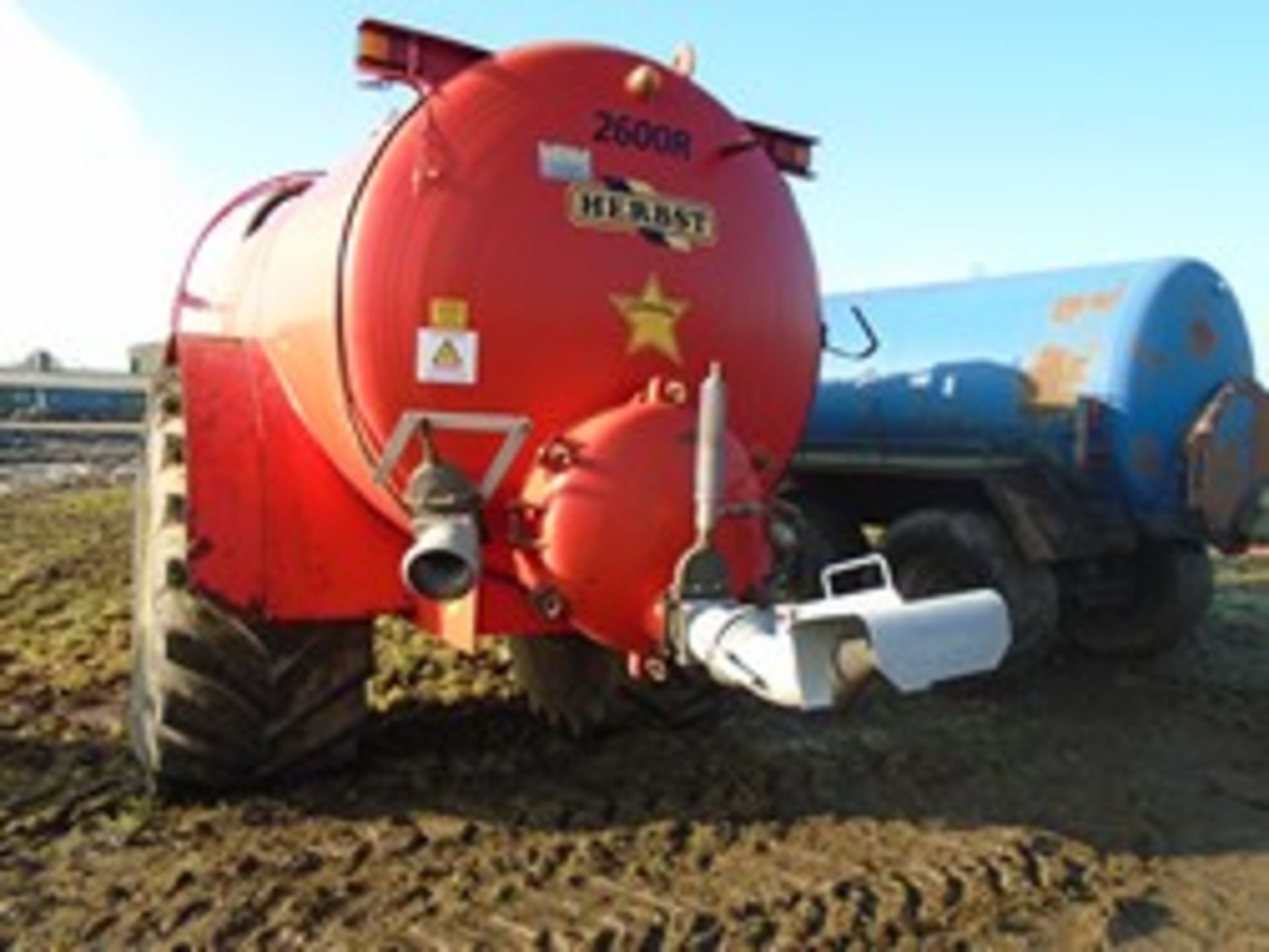 Lot 42 - Herbst 2600R slurry tanker 2009