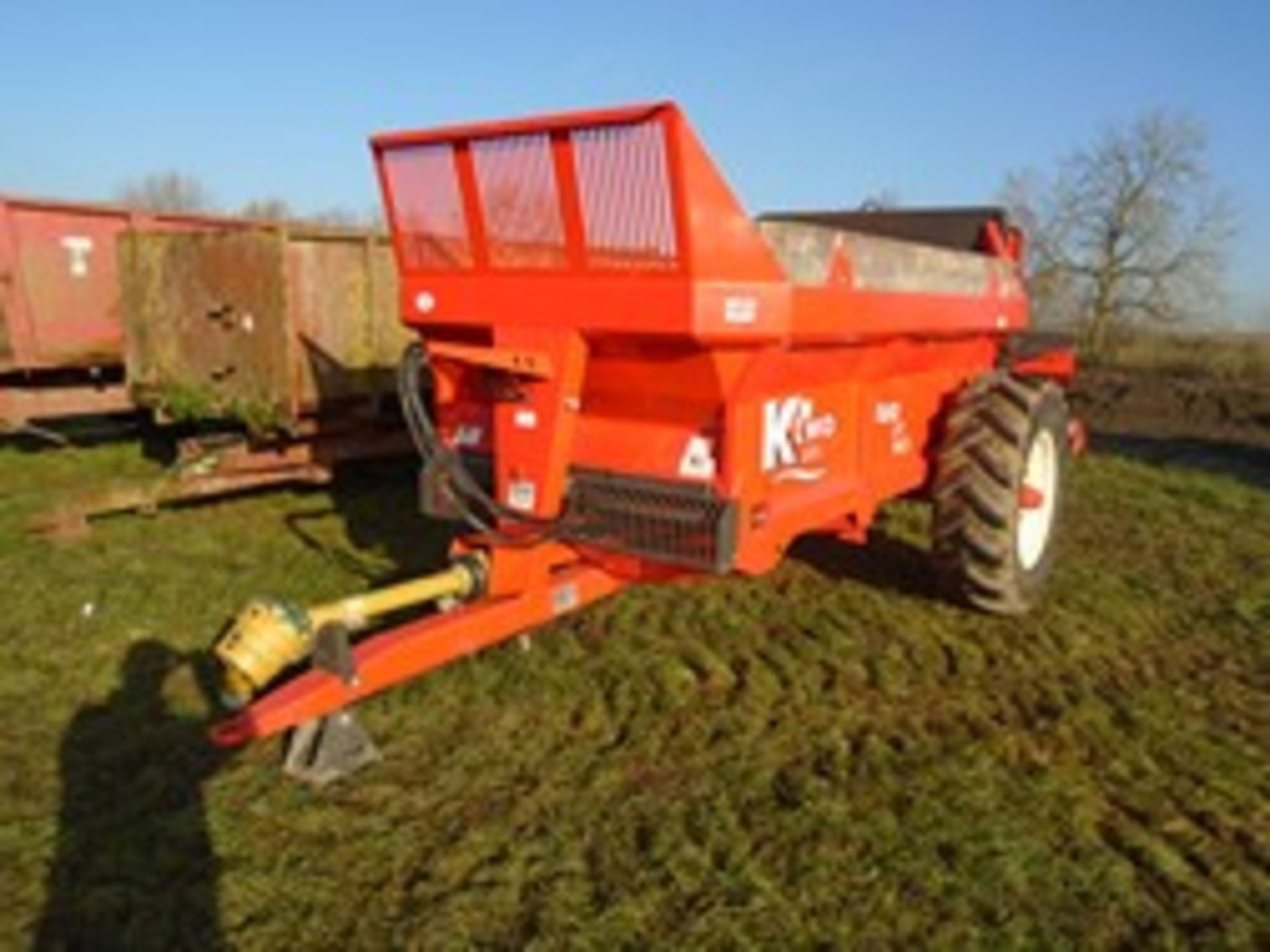 Lot 44 - Ktwo Duo 600 Mk5 muck spreader LED lights 2016