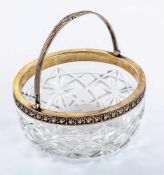 Russische Glasschale mit Silbermontierung Silber, 1908-1917, Artel 13 Durchmesser: 13 cm, Höhe: 6,