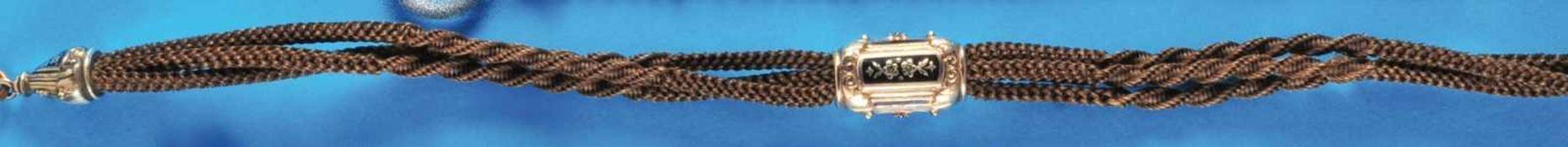 Biedermeier hair pocket watch chainBiedermeier Haar-Taschenuhrkette mit vergoldetem Mittelteil (