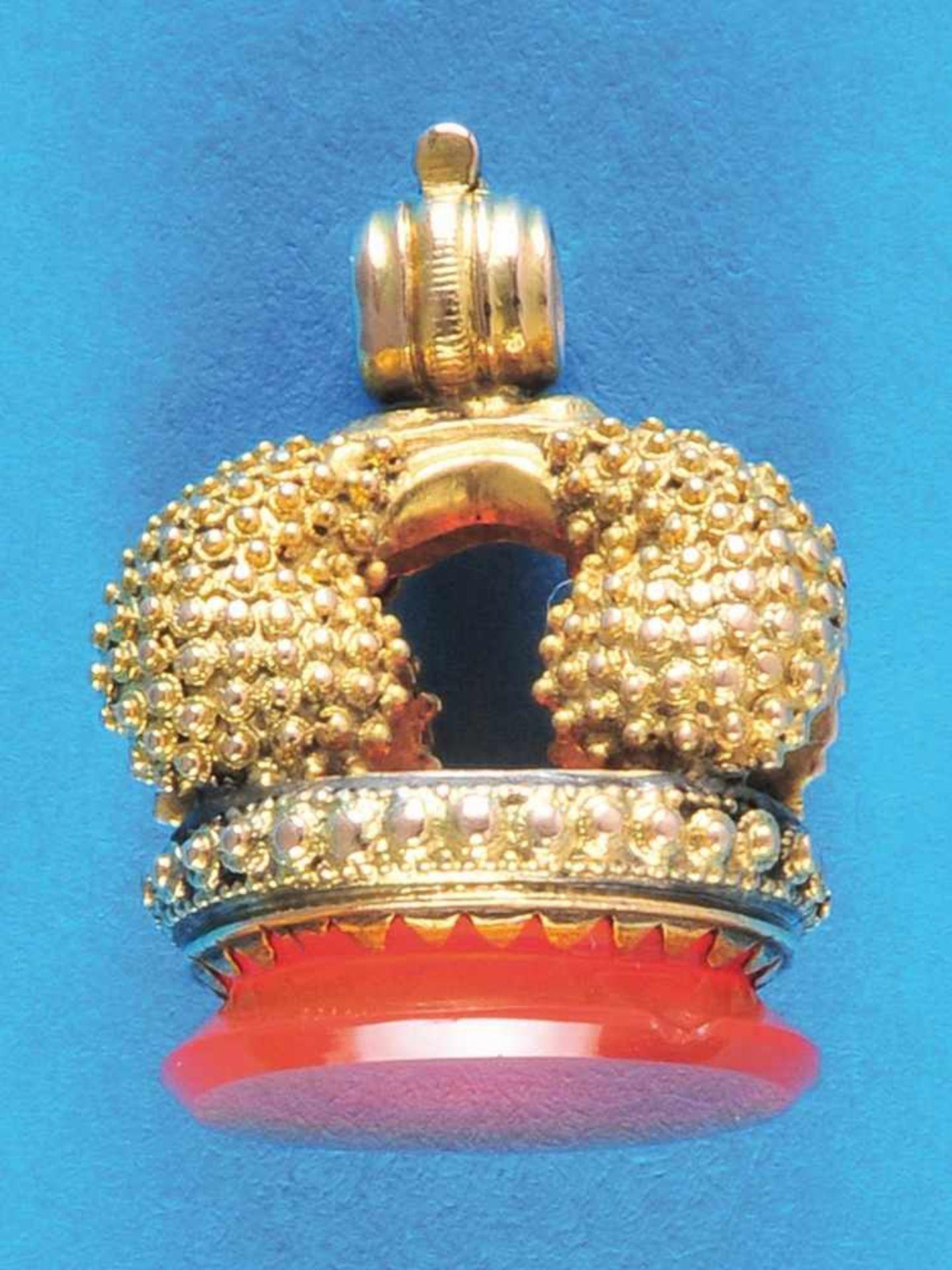 Los 54 - Golden signetGoldene Petschaft mit 6,24 Gramm, mit Koralle ausgefasst (4947) 250