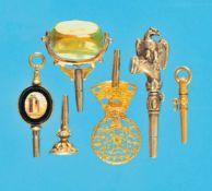 Bundle with 6 pocketwatchkeysKonvolut mit 6 Taschenuhr-Schlüsseln, 3 in Gold, davon 2 mit