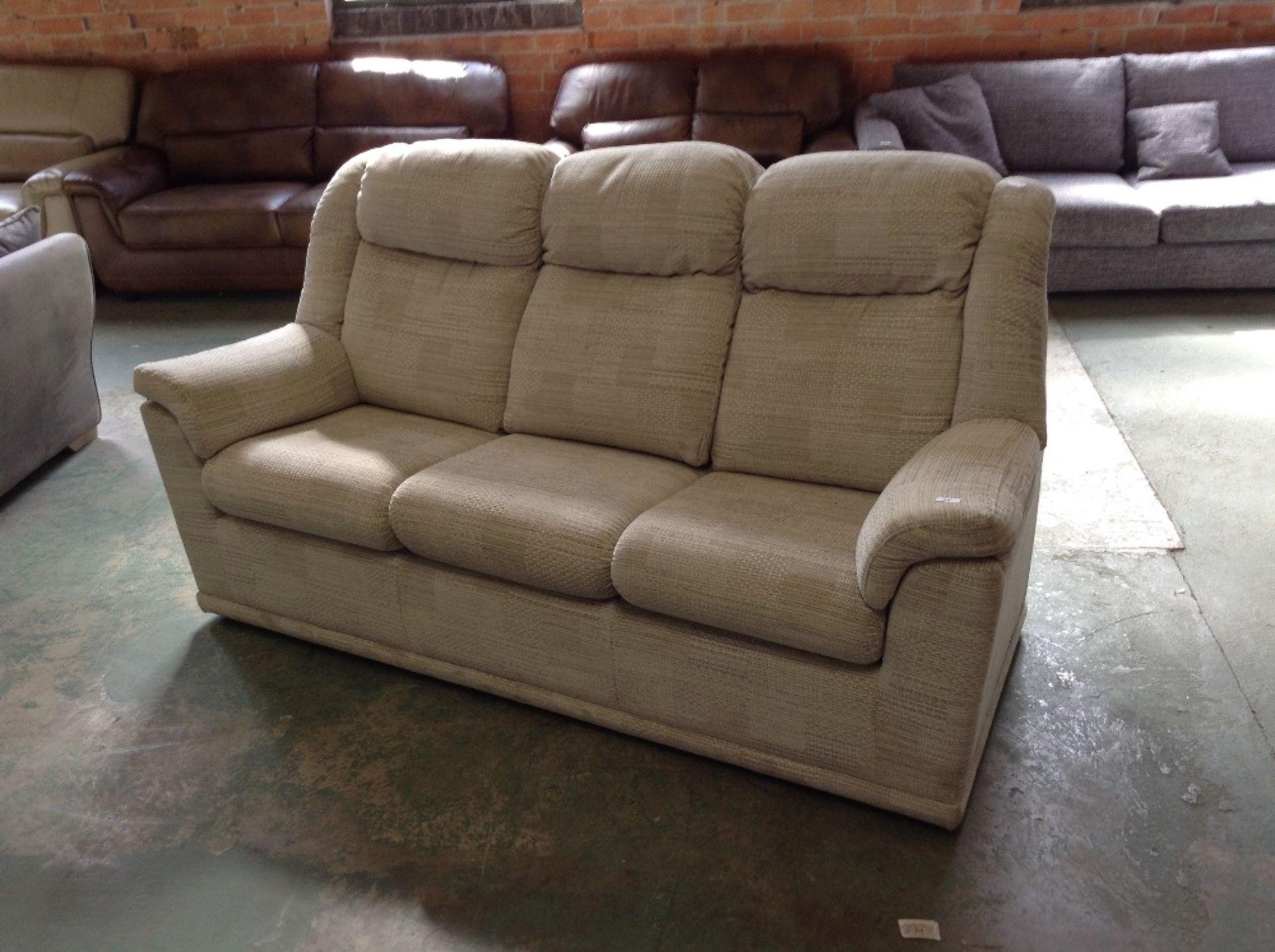 Lot 24 - GREY PATTERNED HIGH BACK 3 SEATER SOFA (SO123075-