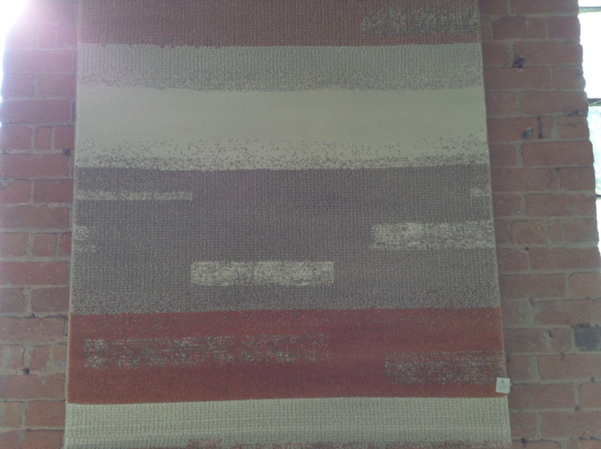 Lot 9 - EspritHome Handgefertigter Teppich Dreaming in Ora
