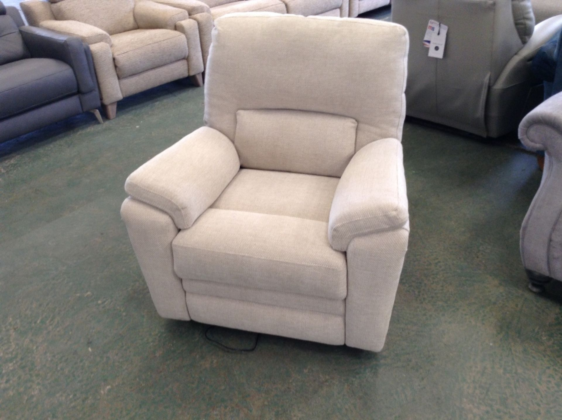 Lot 54 - BISCUIT ELECTRIC RECLINING CHAIR (TROO1629-WOO5900