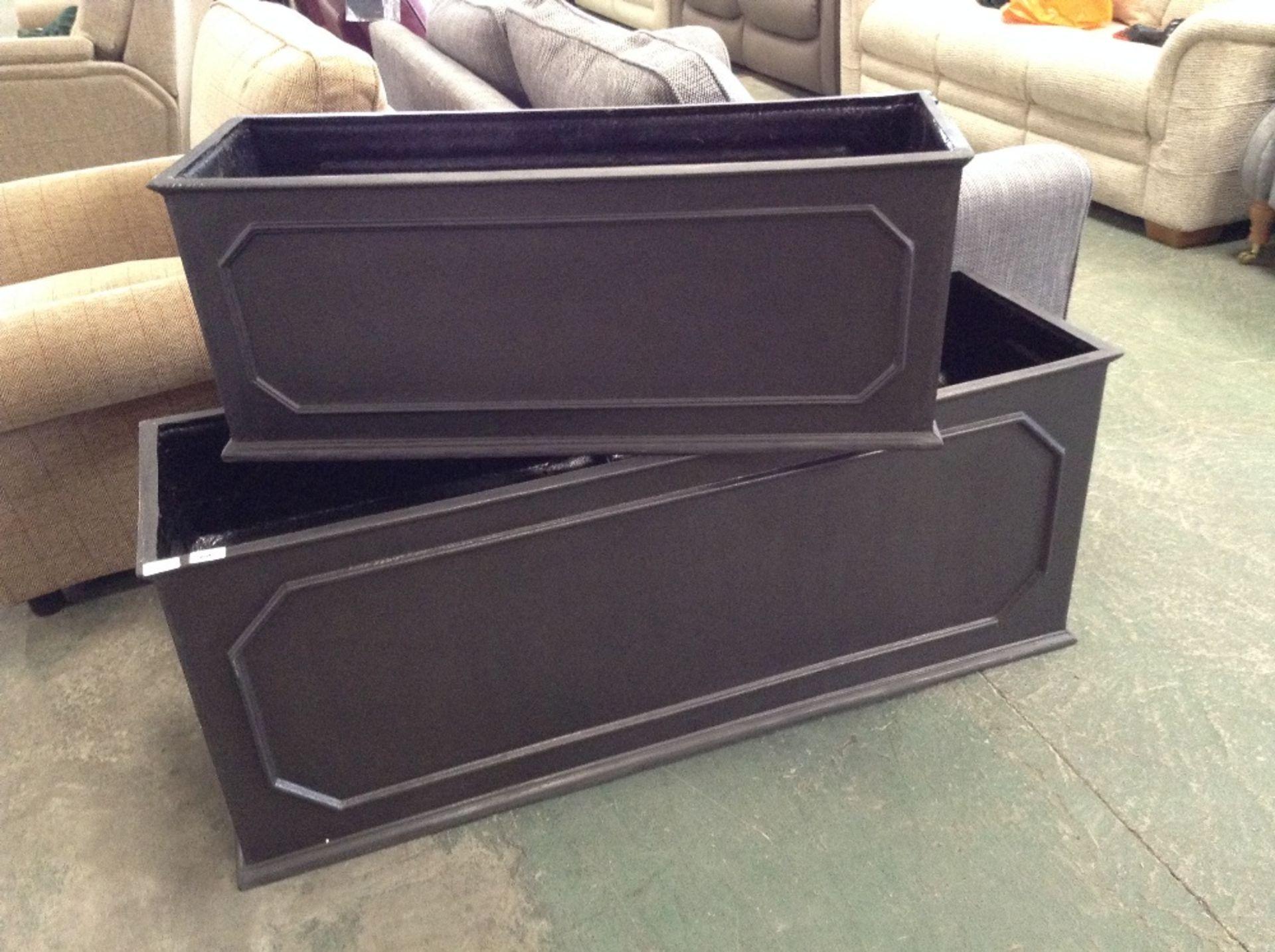 Lot 60 - Capital Garden Products Stuart Planter Box X2 (DAMAGED)(CGAP1134 - 12425/14)