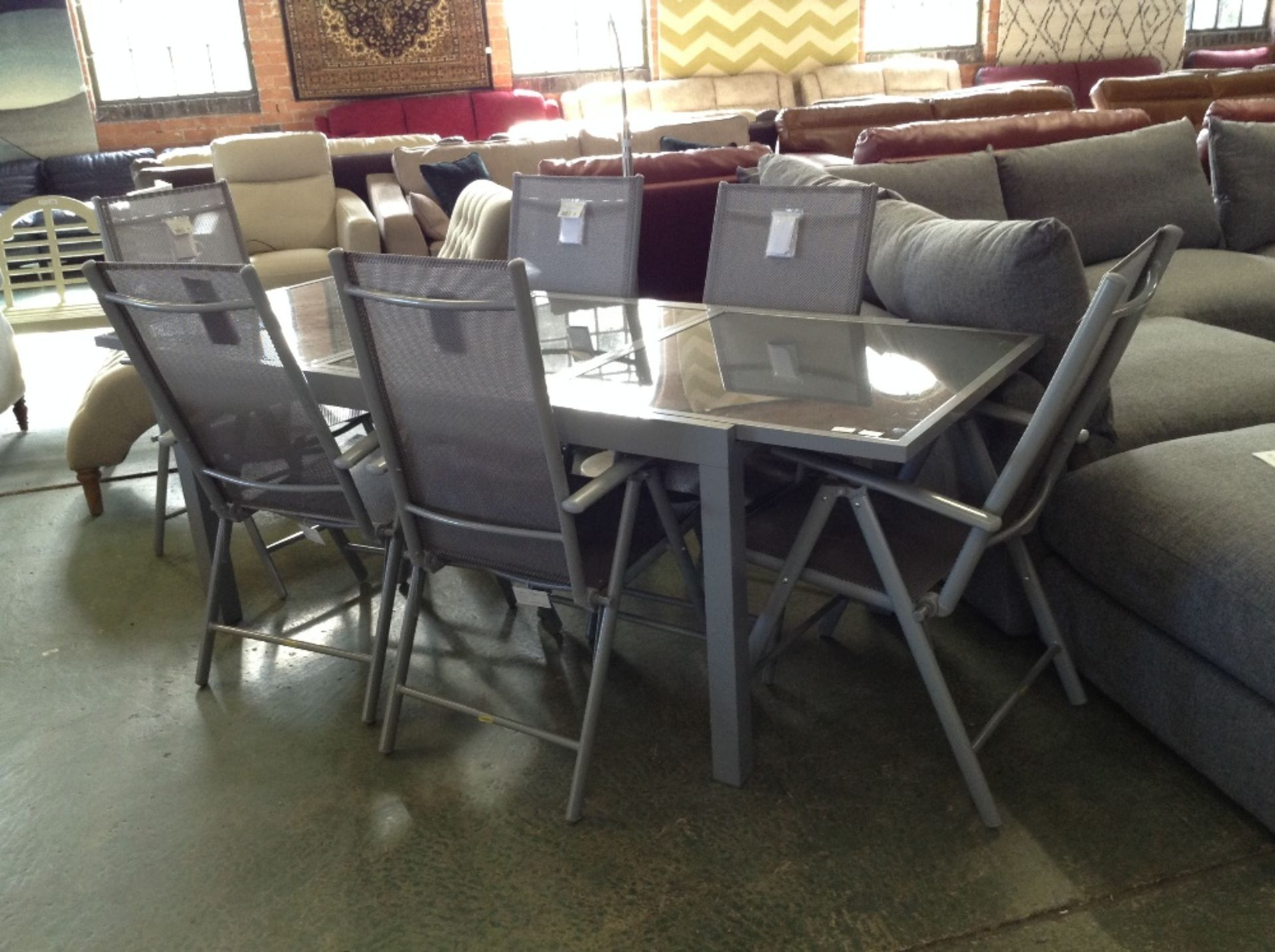 Lotto 58 - Kampen Living Robin 6 Seater Dining Set (DAMAGED)(