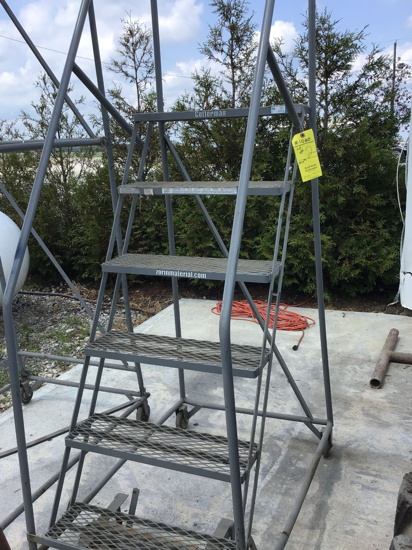 Lot 2 - COTTERMAN ROLLING LADDER