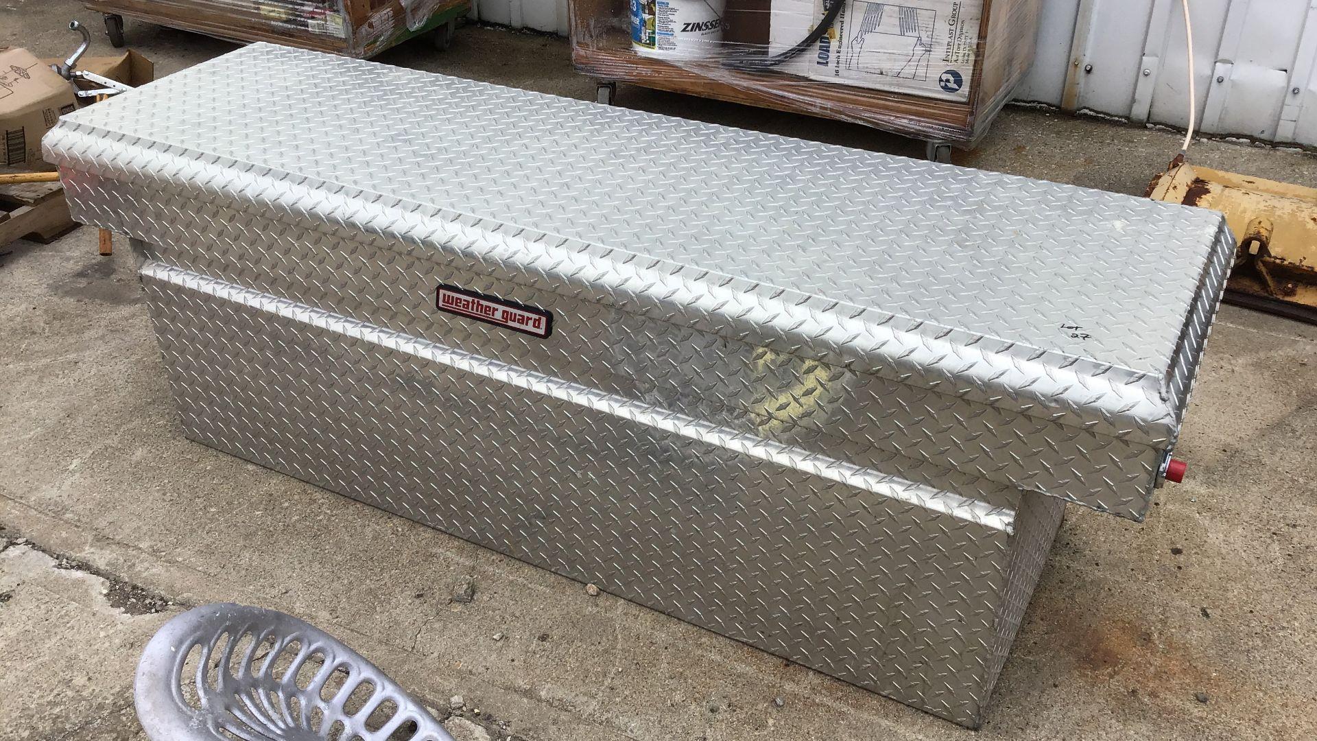 Lot 27 - WEATHERGUARD DIAMOND PLATE TRUCK BOX