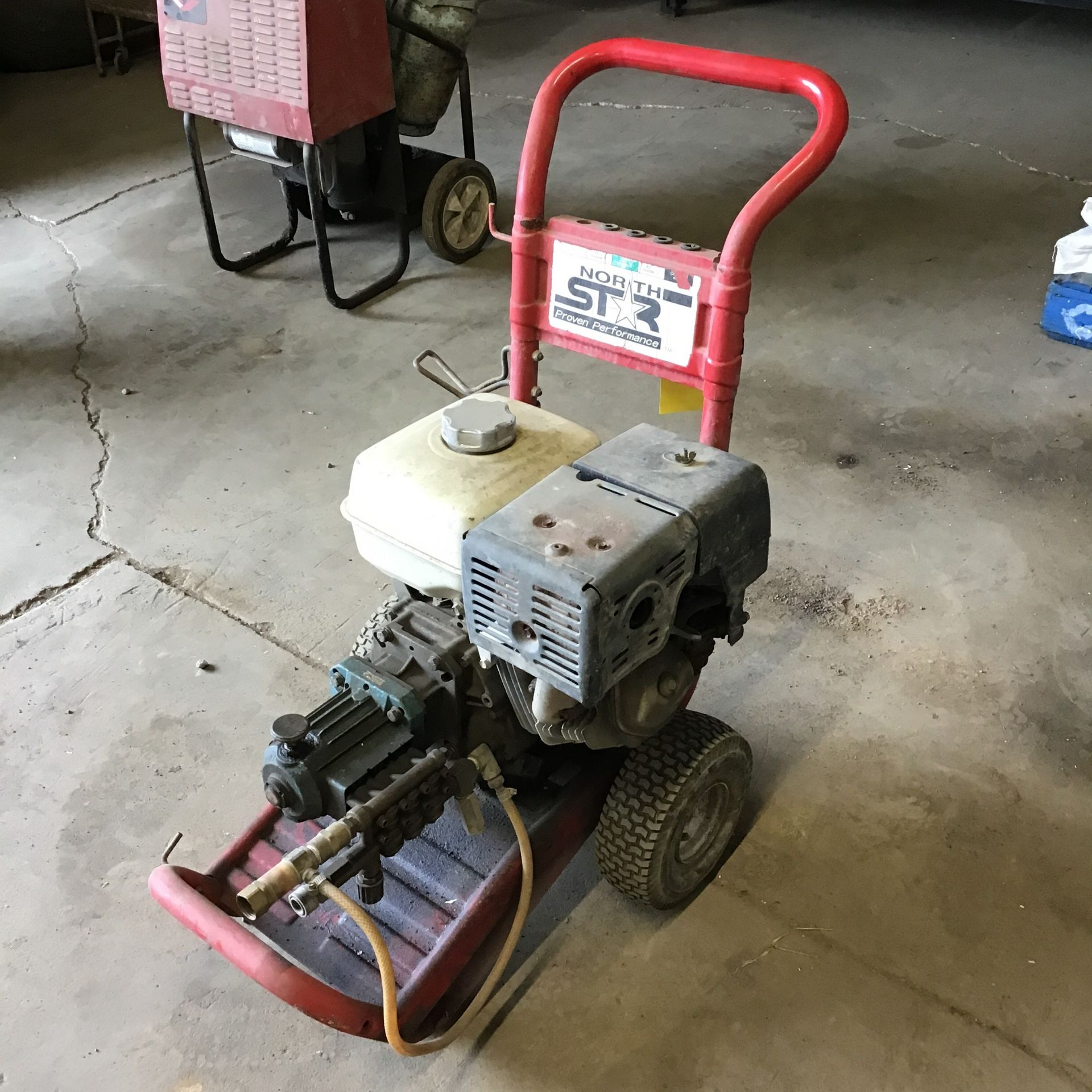 Lot 41 - NORTH STAR POWER WASHER