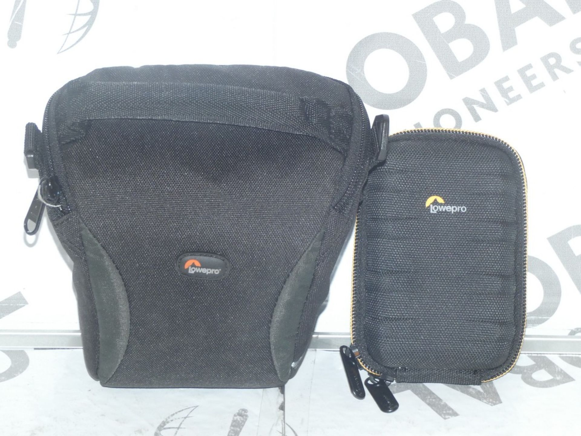 Lot 51 - Lot to Contain 5 Lowepro Assorted Digital Camera Cases and Mini SLR Camera Accessory Cases