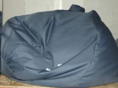 Indoor and Outdoor Grey Bean Bag RRP £75 (Viewing or Appraisals Highly Recommended)