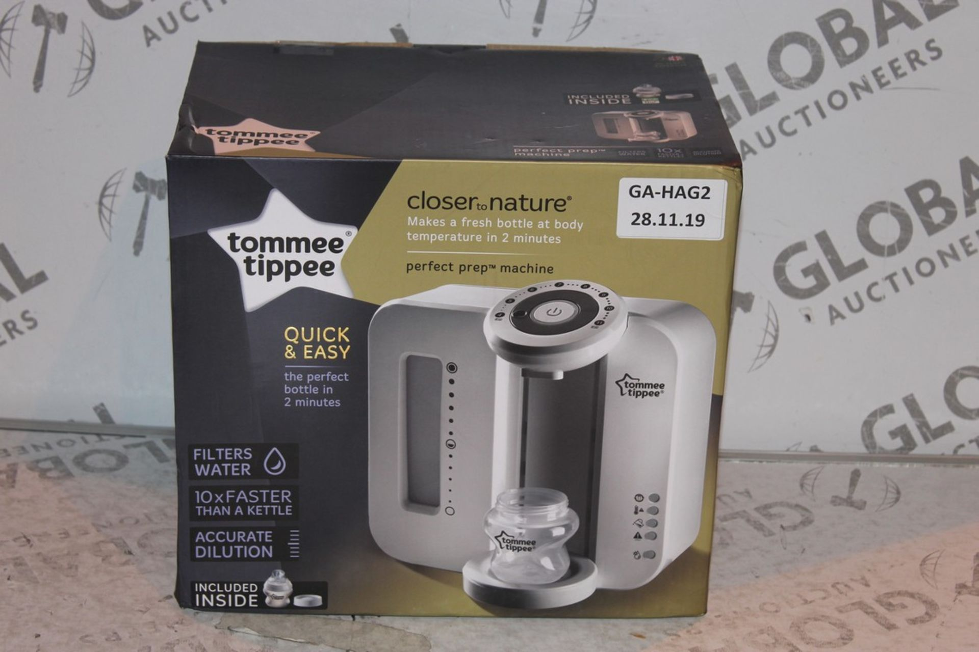 Lot 17 - Boxed Tommee Tippee Perfect Prep Machine in White RRP £85 (Public Viewing and Appraisals Available)