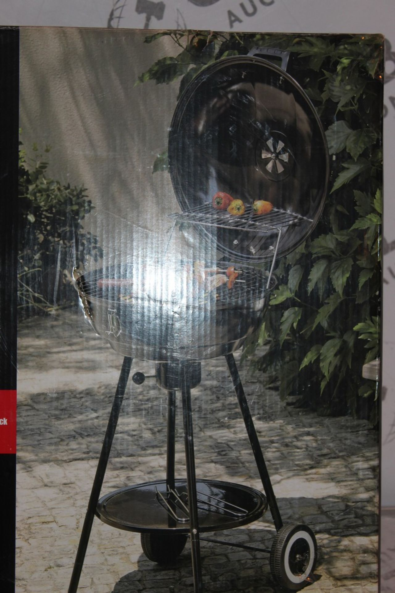 Lot 7 - Boxed Expert Grill 43cm Kettle BBQ RRP £65 (Public Viewing and Appraisals Available)