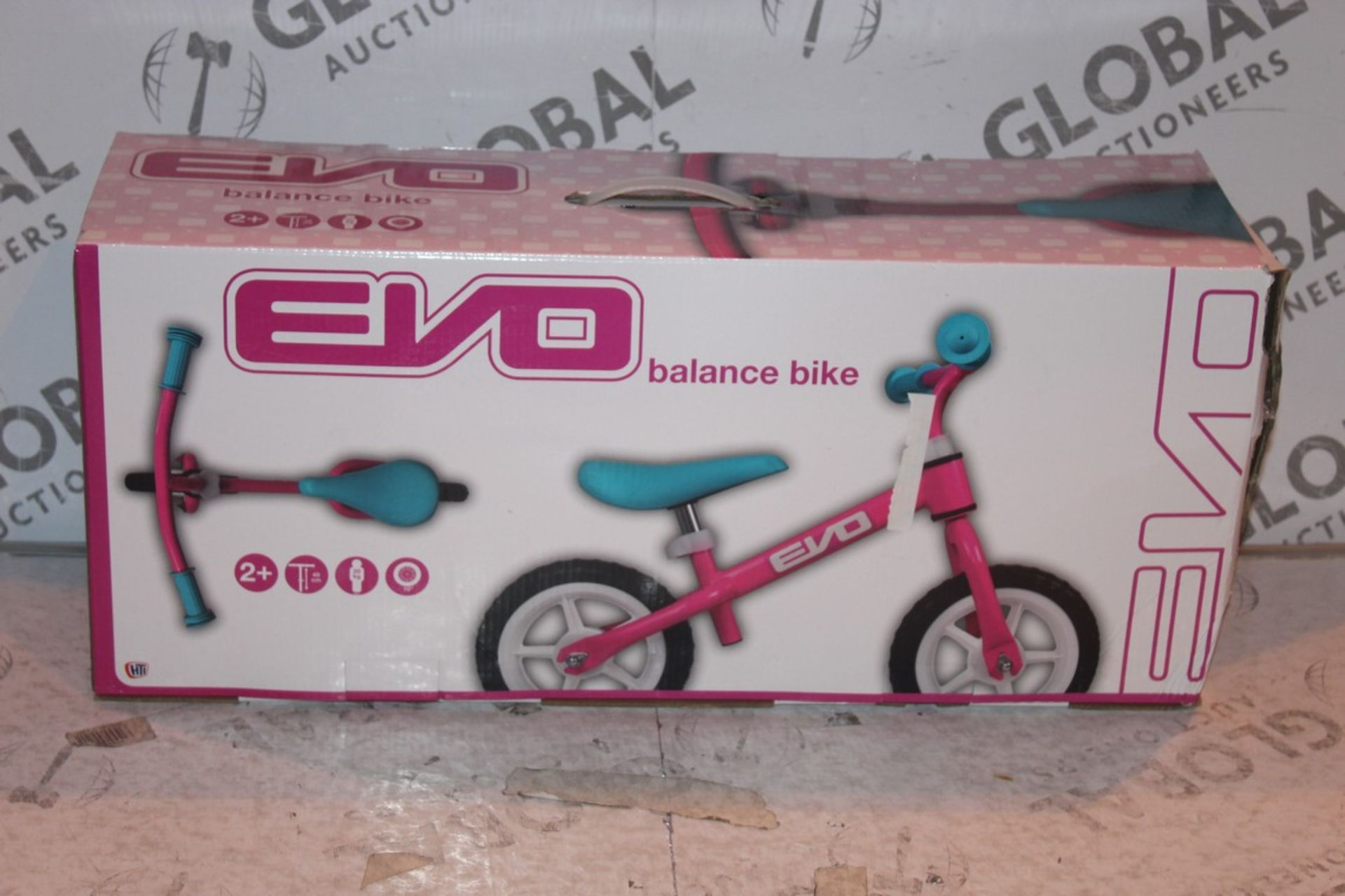 Lot 9 - Boxed Children's Evo Balance Bike RRP £45 (Public Viewing and Appraisals Available)