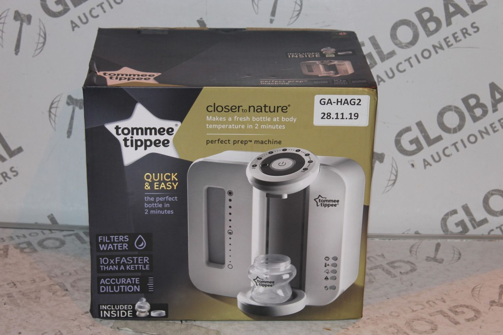 Lot 20 - Boxed Tommee Tippee Perfect Prep Machine in White RRP £85 (Public Viewing and Appraisals Available)