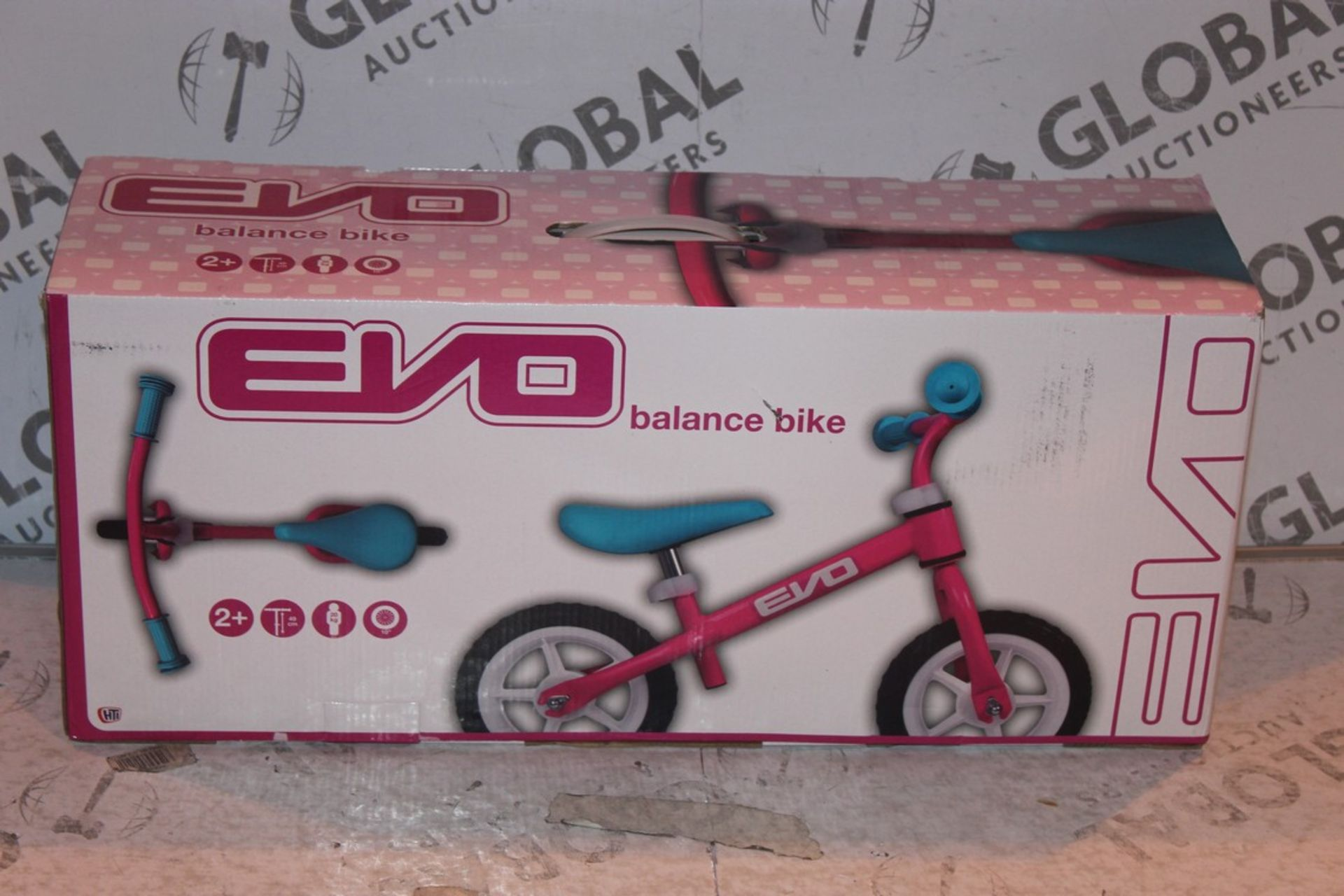 Lot 10 - Boxed Children's Evo Balance Bike RRP £45 (Public Viewing and Appraisals Available)