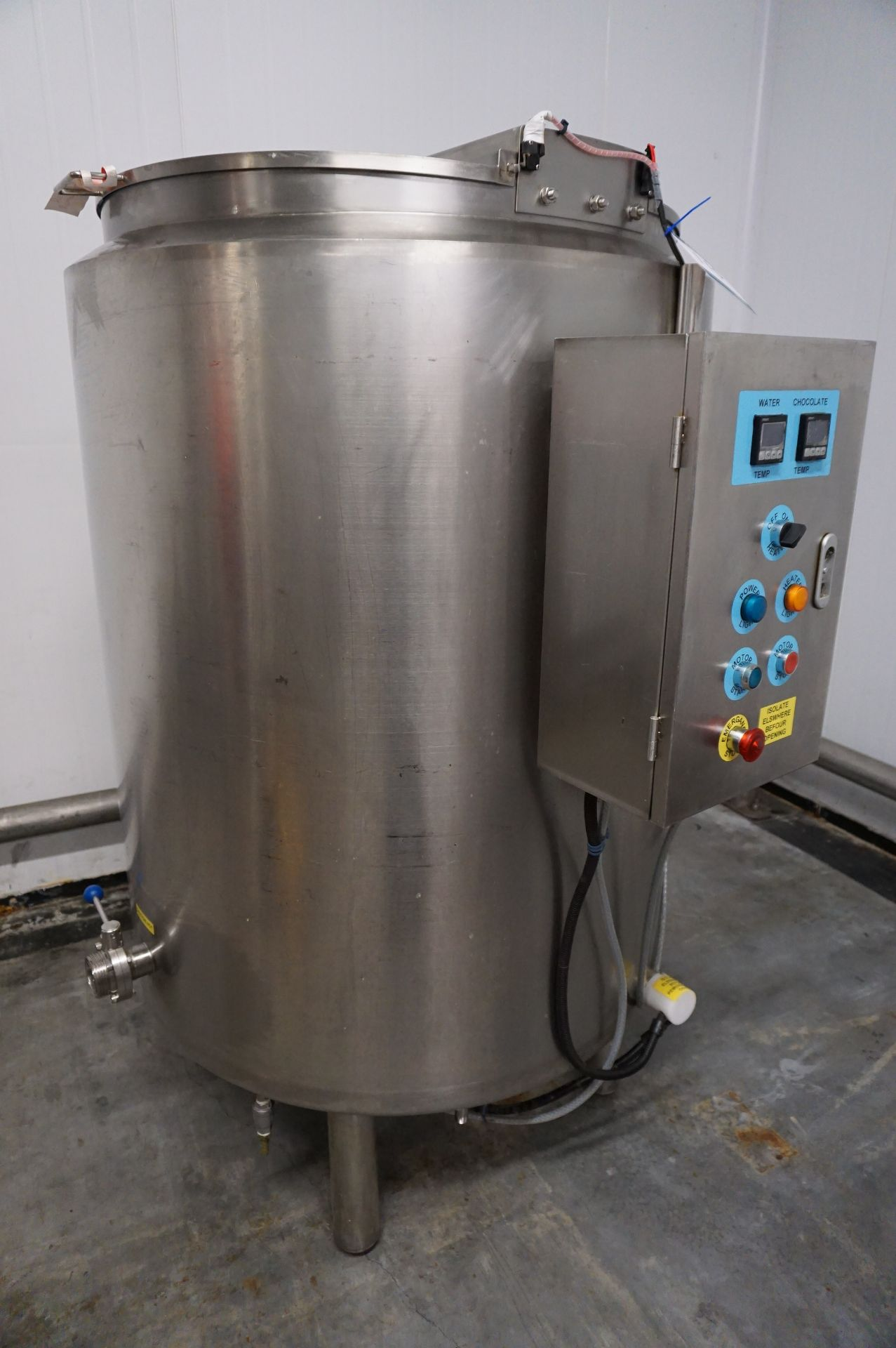 Lot 110 - Unbadged chocolate mixing vat, approx 500L with controls
