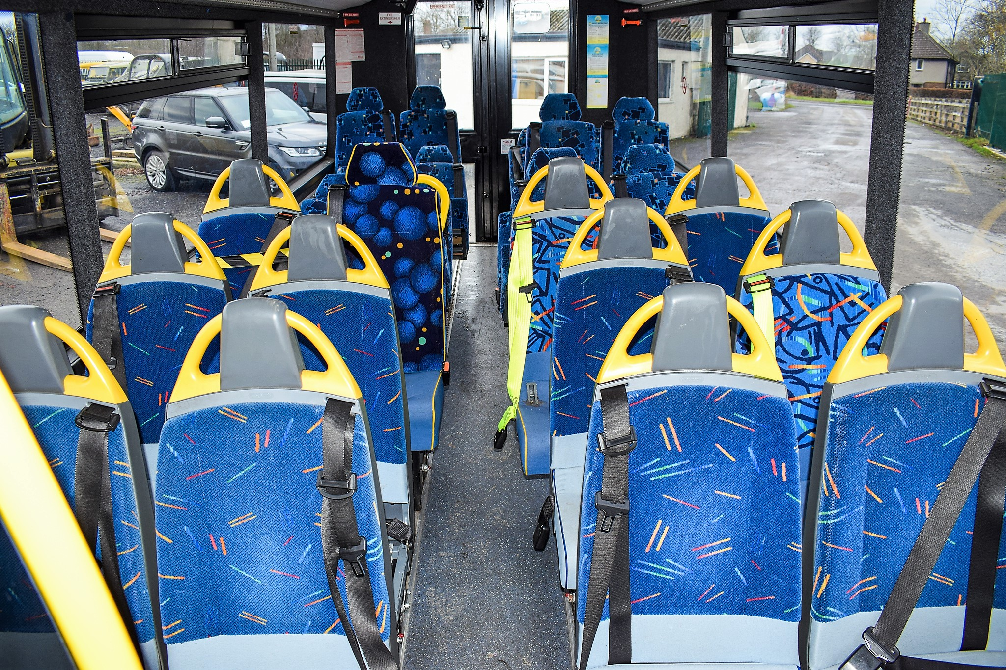 Lot 17C - Mercedes Benz O 813 24 seat mini bus Registration Number: DK58 HSC Date of Registration: 13/10/