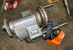 Ridgid 110v pipe threader c/w foot pedal