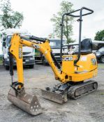 JCB 8008 0.75 tonne rubber tracked micro excavator Year: 2014 S/N: 764937 Recorded Hours: 922 blade,