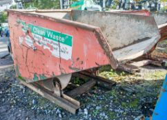 Steel tipping skip A626326