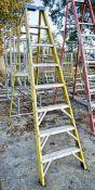 Clow 8 tread fibre glass framed step ladder A670160