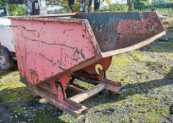 Steel tipping skip A622943