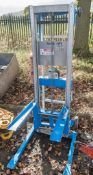 Genie Lift manual fork hoist