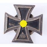 Eisernes Kreuz 1. Klasse 1939 an SchraubscheibeKreuz an Schraubscheibe des Herstellers L/58 .