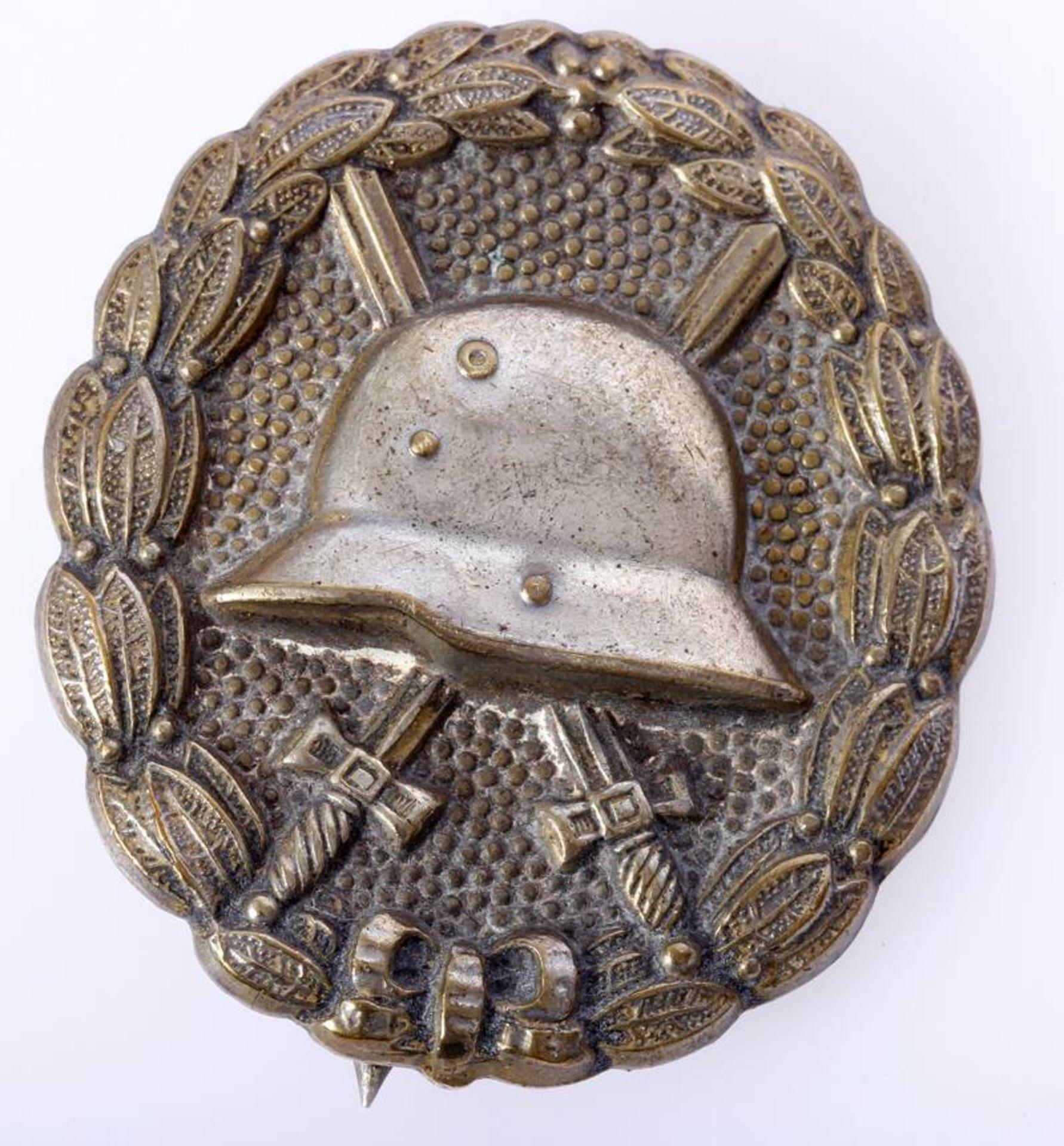 Verwundetenabzeichen Armee und Kolonialtruppen 1918 in SilberAbzeichen hohl geprägt mit breiter