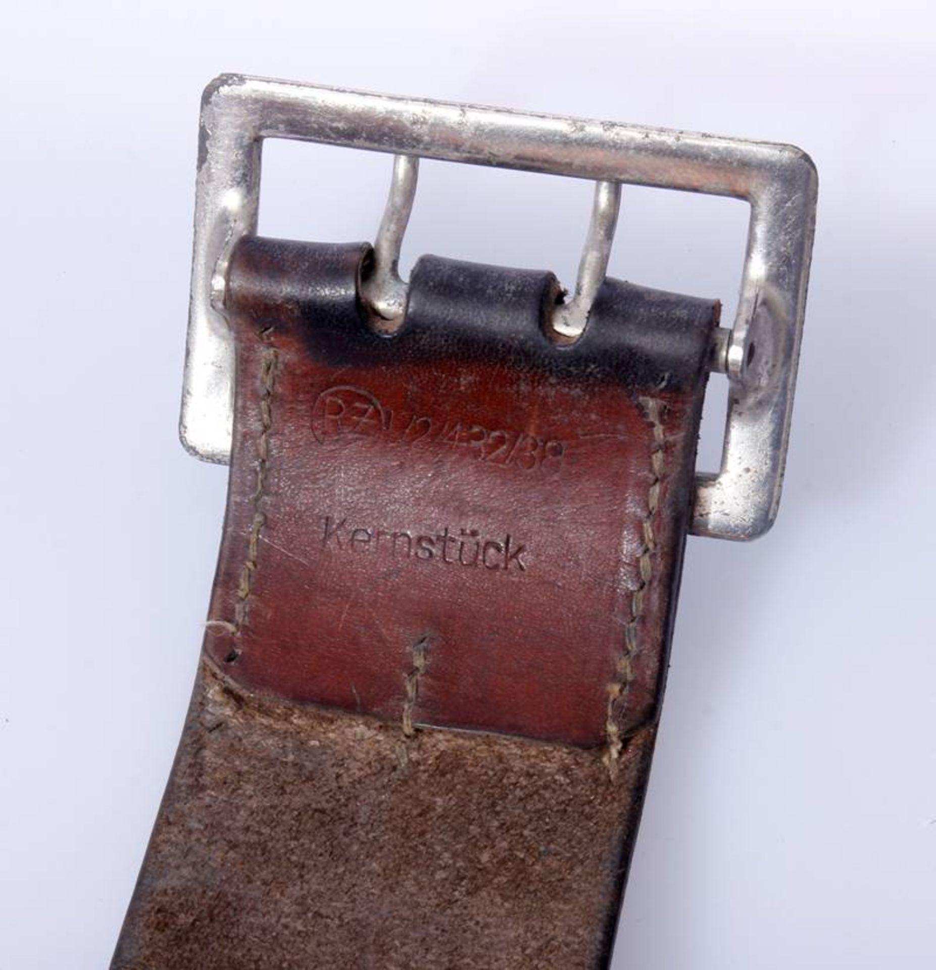 2 x Koppel für Offiziere der Wehrmacht2 x Koppel für Offiziere mit Aluminium Schließen, Leder - Bild 4 aus 7