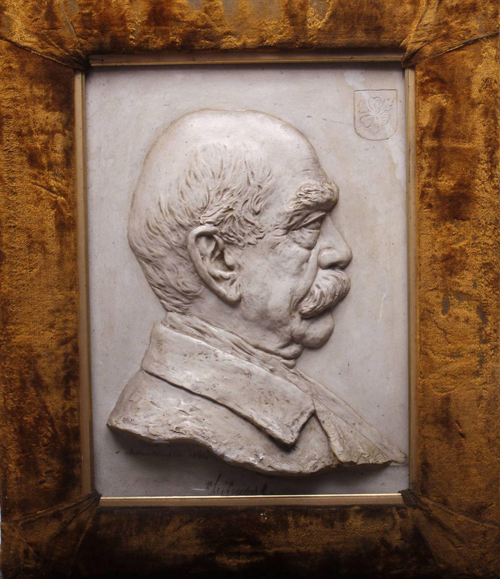 """Arthur Winkler, Gipsrelief, 1895, """"Bismarck"""", unten mittig sign., dat. und bez. """"Bismarck"""", grüner"""